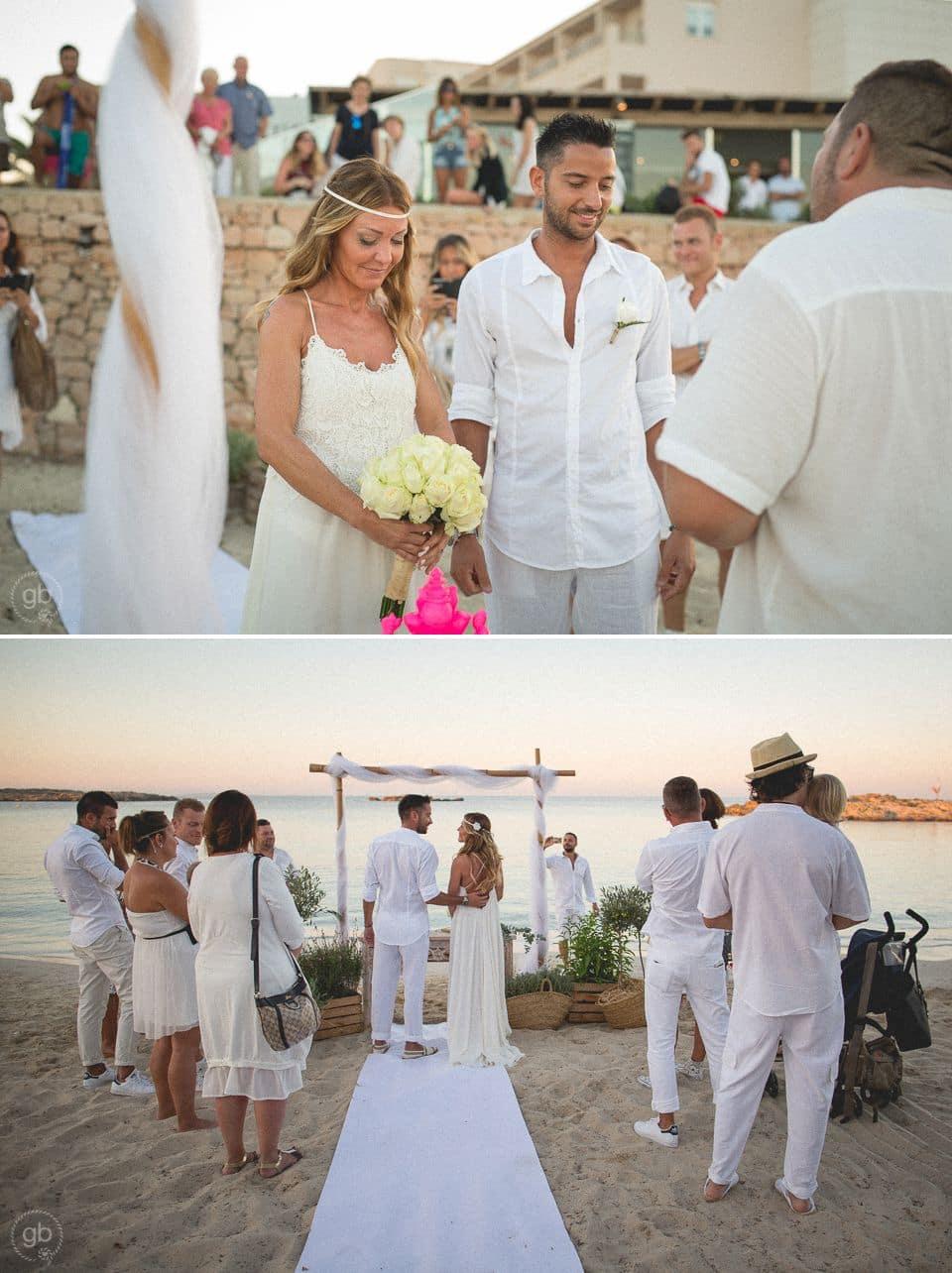 Matrimonio Spiaggia Terracina : Matrimonio in spiaggia a formentera