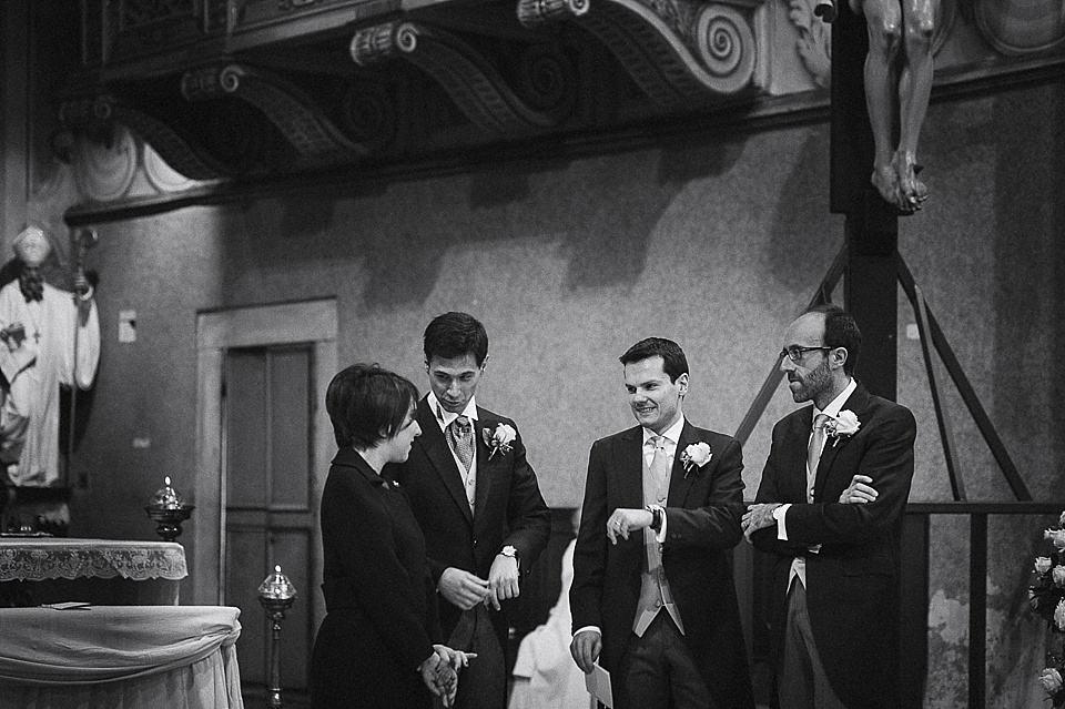 L'attesa della sposa durante un matrimonio invernale in franciacorta