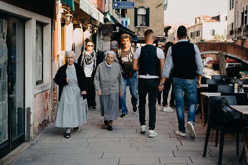 Engagement fotografico di coppia a Venezia