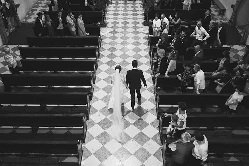 ingresso della sposa dall'alto fotografo per matrimoni Brescia
