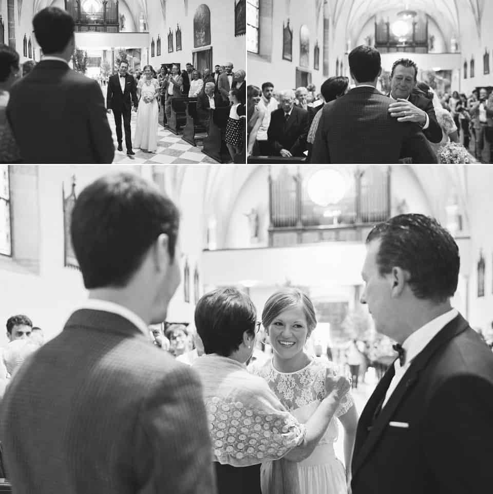 la consegna della sposa allo sposo fotografo per matrimoni Brescia
